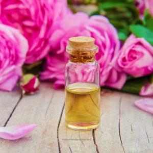 Bulgarian Rose Oil in Glass Vial - Packaging my vary